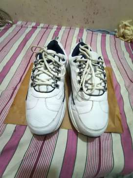 Footjoy brand shoes avilable for sale size 8.5