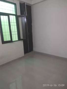 Independent 1BHK  in Mayur vihar Extn Just Rs.8500