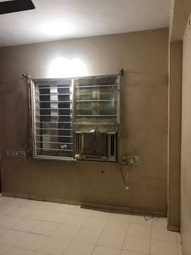 2BHK SEMI FURNISHED FLAT FOR FAMILY