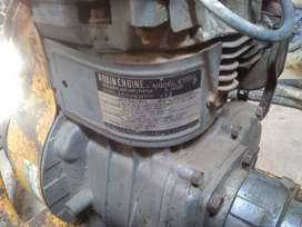 Robin EY20 engine with vibretor and pipe ..three phase heavy motor