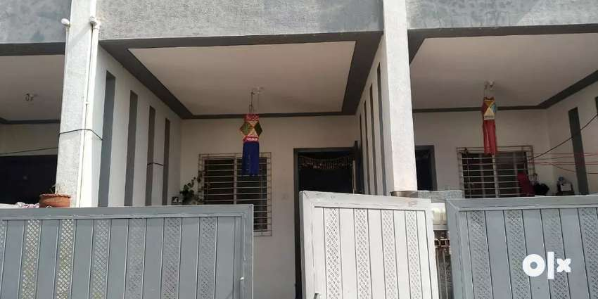 Fully Furnished Row House, with Kitchen Trolly and Solar Water Heater 0