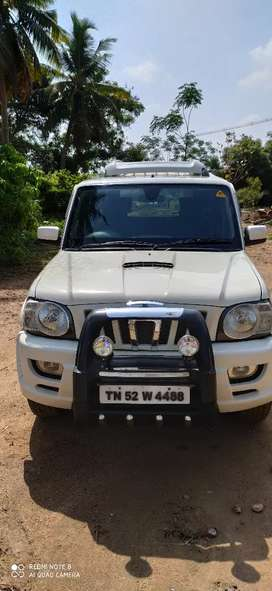 Mahindra Scorpio  2013 Diesel Well Maintained company service  AIR BAG