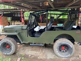 Mahindra jeep 1997 Diesel 40000 Km Driven with matt green colour 4by4