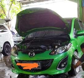 Over kredit Mazda 2