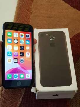 I phone 7 black 32GB istimewa