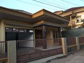 Rumah dikontrakkan 4 kamar di Jalan Inspektur Marzuki plus furniture