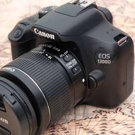 Canon 1300D kit 18-55mm IS II kode 1012A19