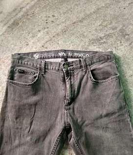 Light Black Jeans Pant (Leo Romero Signature Pant) Size : 32