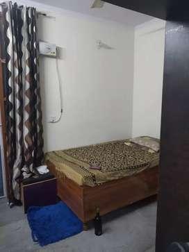 Independent floors for sale near dada dev mandir