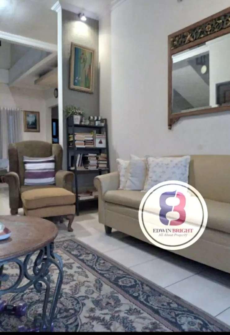 Dijual Rumah di Anggrek Loka BSD Bintaro Jaya Mewah Unik Luas
