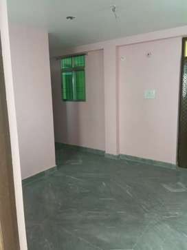 Ready to move on road best location at anishabad on rent available