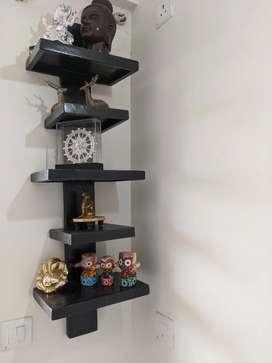 Wall mounted artifact shelves