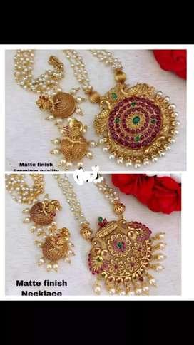 Jewelry wholesaler
