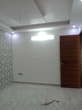 3 BHK FOR RENT WITH CAR PARKING