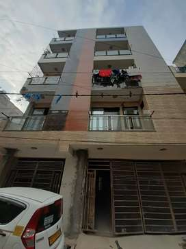 2BHK FLAT WITH LIFT FOR RENT IN DWARKA MOD METRO STATION