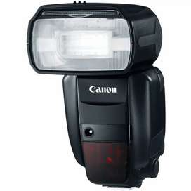 Canon 600-EX RT Flash for rent with a trigger