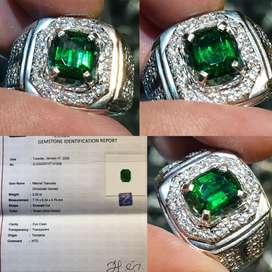 Batu Vivid Green Tsavorite Garnet Top Luster Sertifikat 2.22 crt