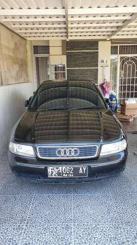 Jual cepat mobil kesayangan Audi A4 B5 tahun 2000...
