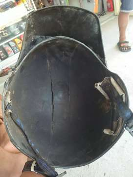 Helm jadul KIWI