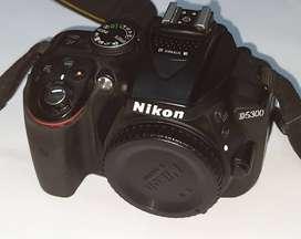 Nikon Camera D5300 with 18-55mm kit lens