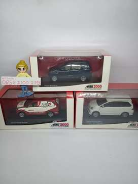 Diecast Toyota Avanza auto2000
