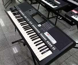 Kredit Keyboard Yamaha PSR 975