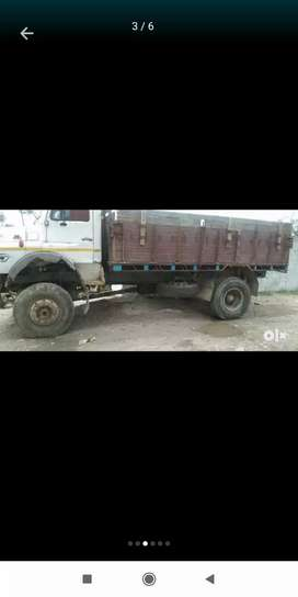 Want to buy tc 4×4 truck