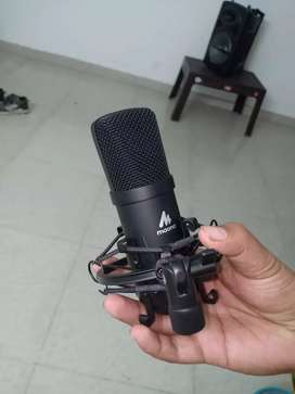 Maono AU-A04 Microphone New condition1 Year old