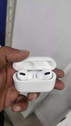 Apple Airpods 2 and Airpods pro (60 % off from the below price)orginal