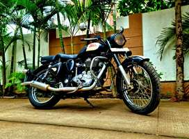 NEW EFI CLASSIC LIMITED EDITION ROYAL ENFIELD BULLET ONLY 12k Km