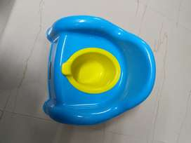 Babyhug 2 in 1 baby potti seat cum chair