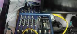 Yamaha MG8/2FX MIXER WITH EFFECTS