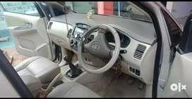 Toyota Innova 2010 Diesel 200000 Km Driven