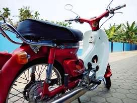 Honda C70 istimewa