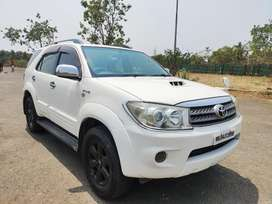 Toyota Fortuner 2011-2016 4x4 MT, 2011, Diesel