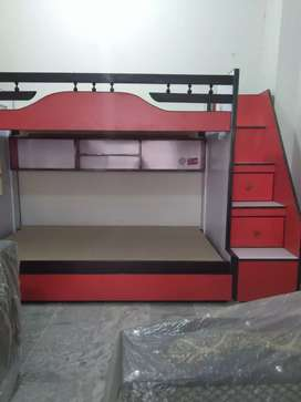 Bunk bed three story