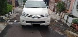 Toyota Avanza G 1.3 2014 Metic warna putih tangan 1