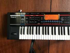 Roland Juno-G 61 Keys/128 Voice Expandable Synthesizer
