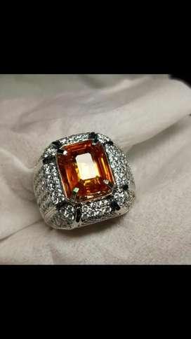 Natural vivid orange sapphire srilanka 4,80crt serti big