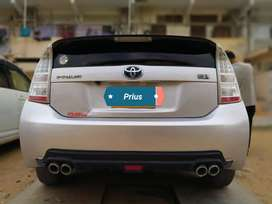TOYOTA PRIUS 2014 AVAILABLE ON EASY INSTALLMENT