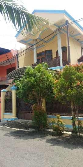 Rumah strategis di tengah kota samping gor