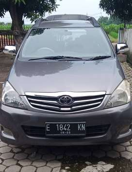 Innova type G metic th 2010