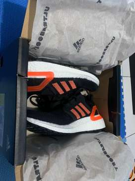 Adidas Ultraboost 20 Hitam list Merah uk 39 1/3