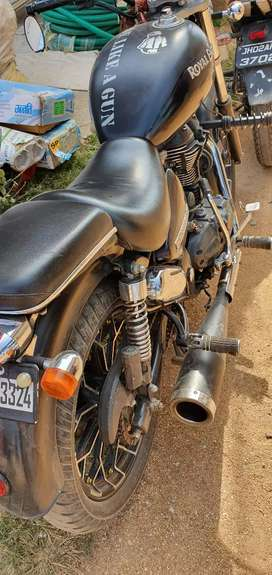 Royal Enfield Thunderbird 350 in excellent condition