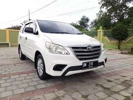 Innova E plus Metic 2014 original