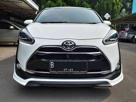 Toyota Sienta Q 1.5 a/t 2018