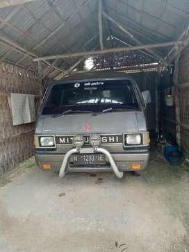 L300 Adi Putro jumbo bensin 89
