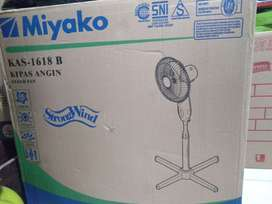 Freeongkir stand fan 16inc kipas angin berdiri miyako 1618b