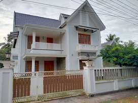thrissur anchery 10 cent 4 bhk fully interior villa