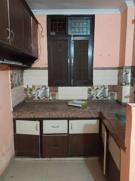 1 bhk semi furnished flats available in sector 49 noida